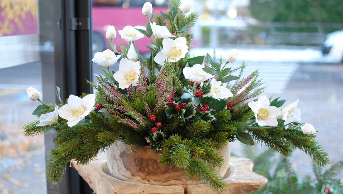 Addobbi floreali natalizi - Decorazioni natalizie per esterno ...
